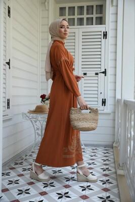Esra Keküllüoğlu - İclal Nakışlı Elbise-Kiremit